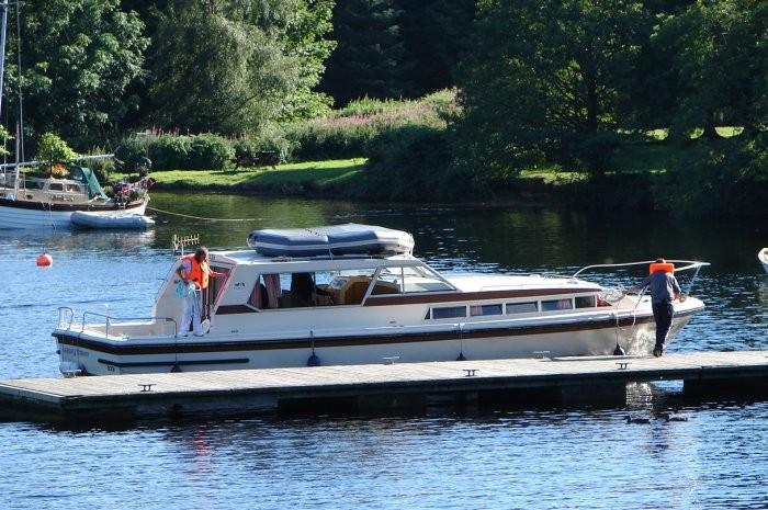 Loch Oich Pontoon
